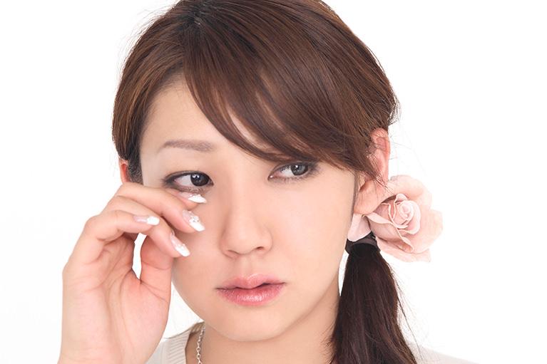 「かゆみ」や「痛み」を伴う目の病気